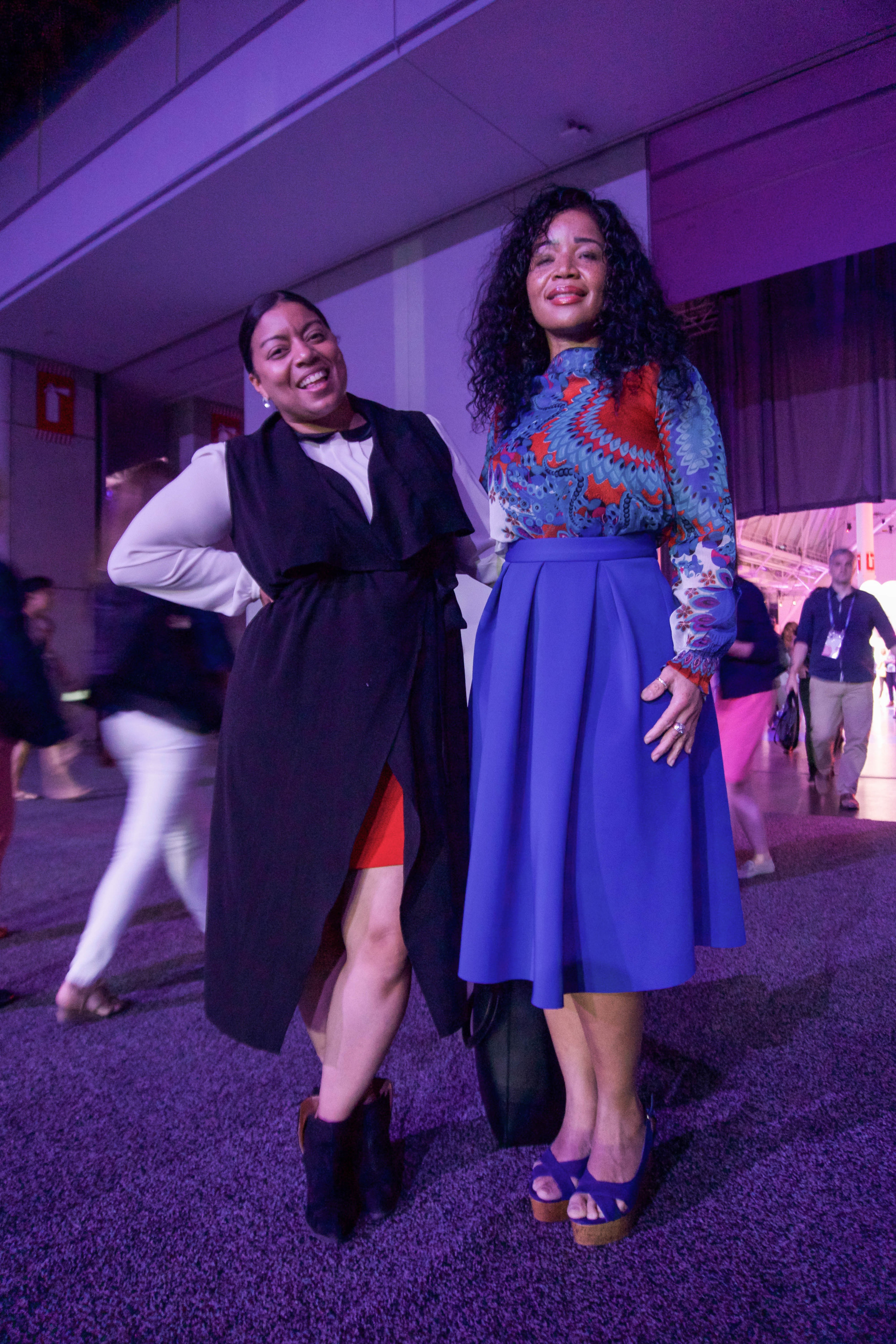INBOUND 2017 - Hubspot Inbound marketing conference - outfit - what to wear - boston convention center - skirt - blue suede shoes - chic