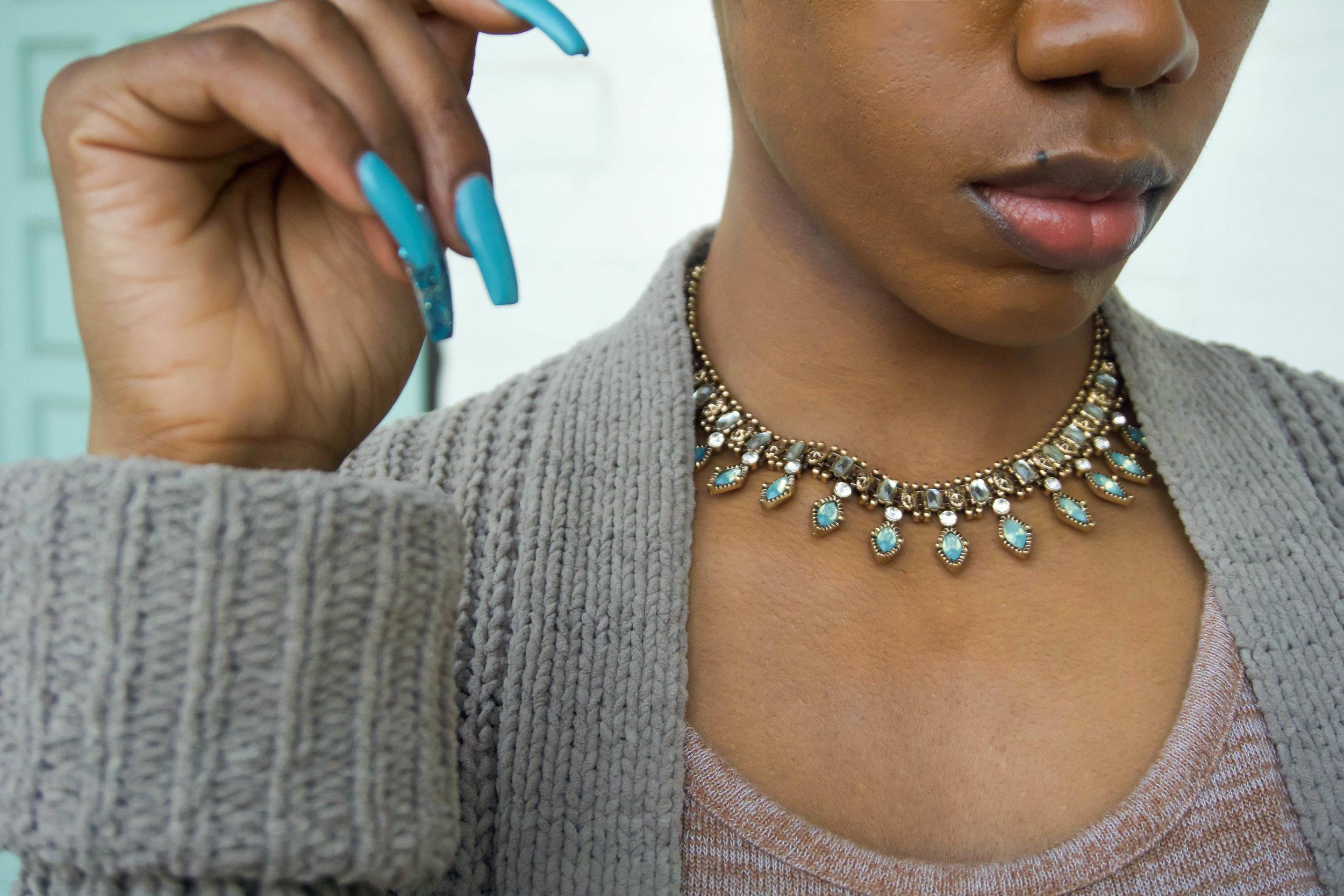 necklace details.jpg