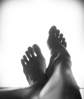 bnw feet.jpg