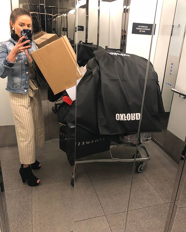 I think even for me this collection haul was next level! I could barely see over the box, but I did it!!!😂😂#worklife #packhorseinheels