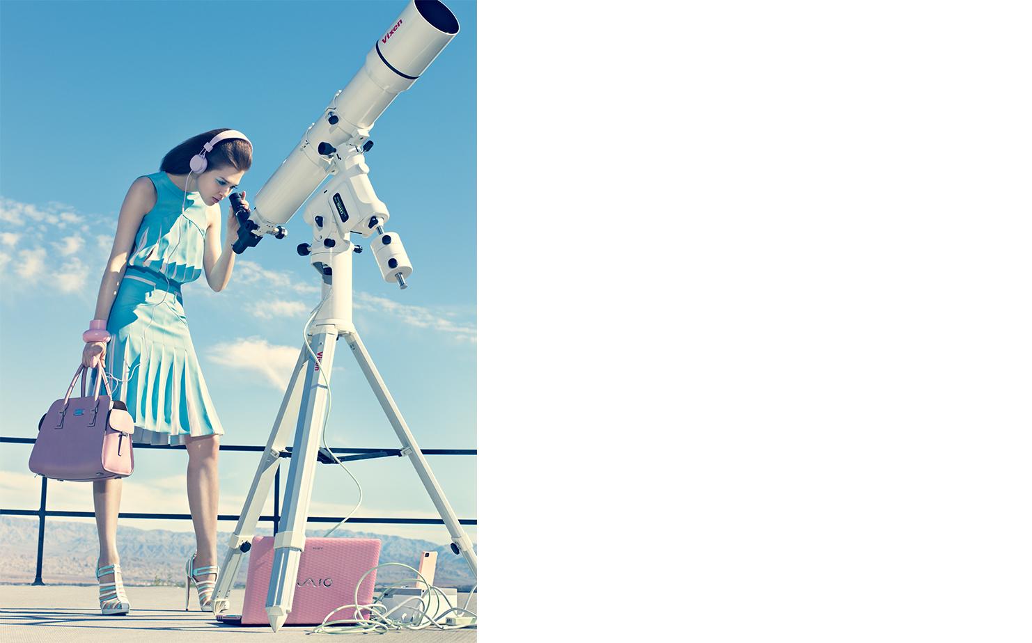 Vogue POWDER PLAY   FASHION EDITOR Elissa Santisi MODEL Anais Pouliot