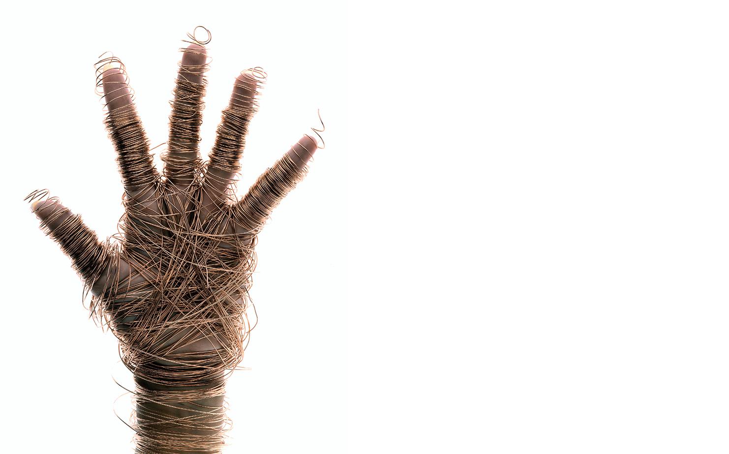 Harper's Bazaar   POWER OF HANDS   SITTINGS EDITOR Elissa Santisi CREATIVE DIRECTOR Fabien Baron