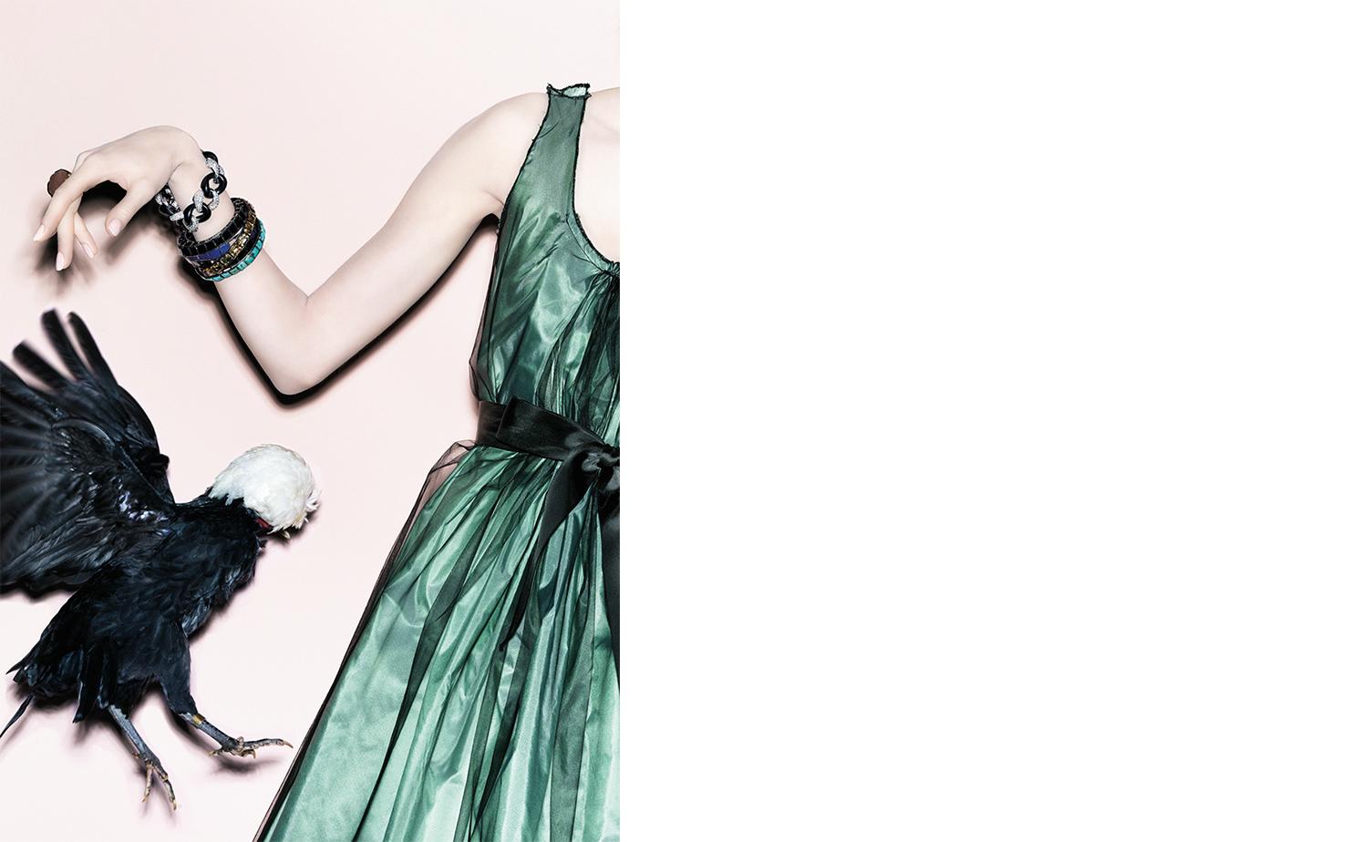 Vogue NIGHT FLIGHT   FASHION EDITOR Elissa Santisi DESIGN DIRECTOR Charles Churchward