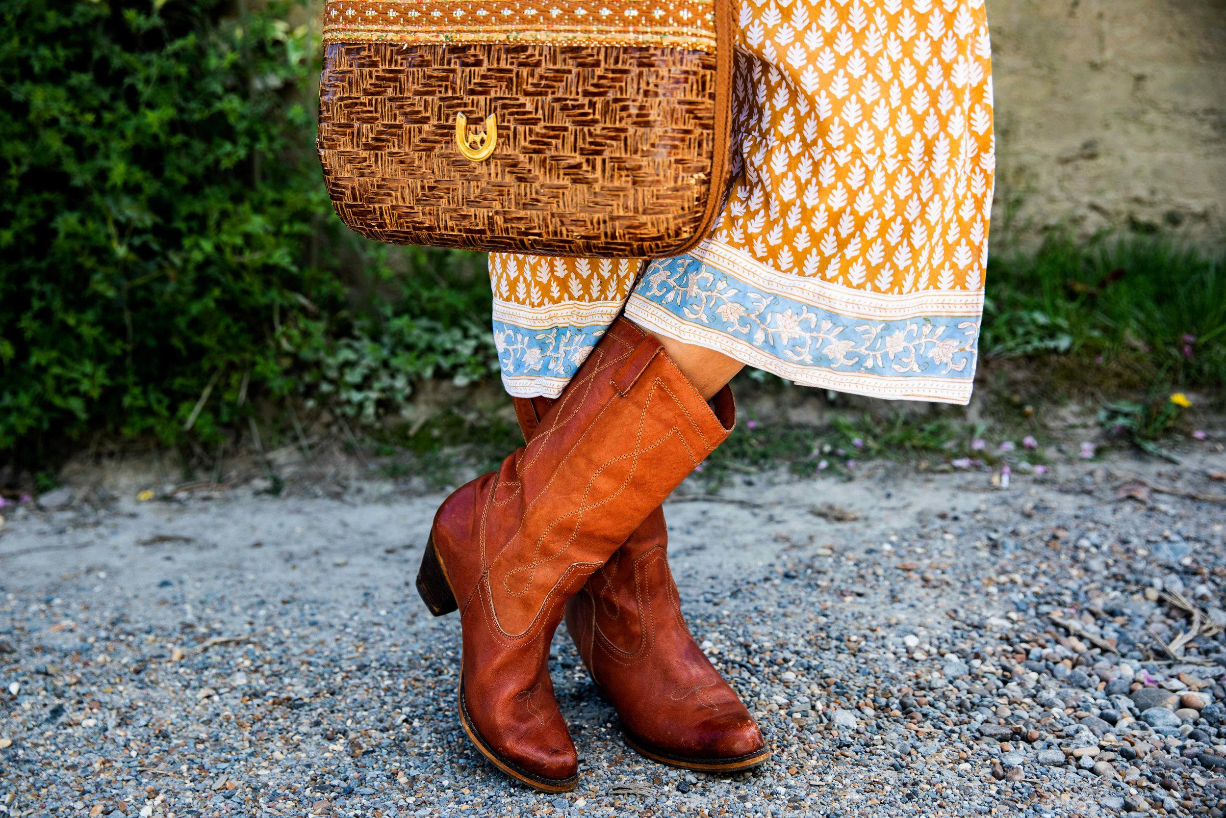 SZ Blockprints  dress , vintage coat, bag and boots