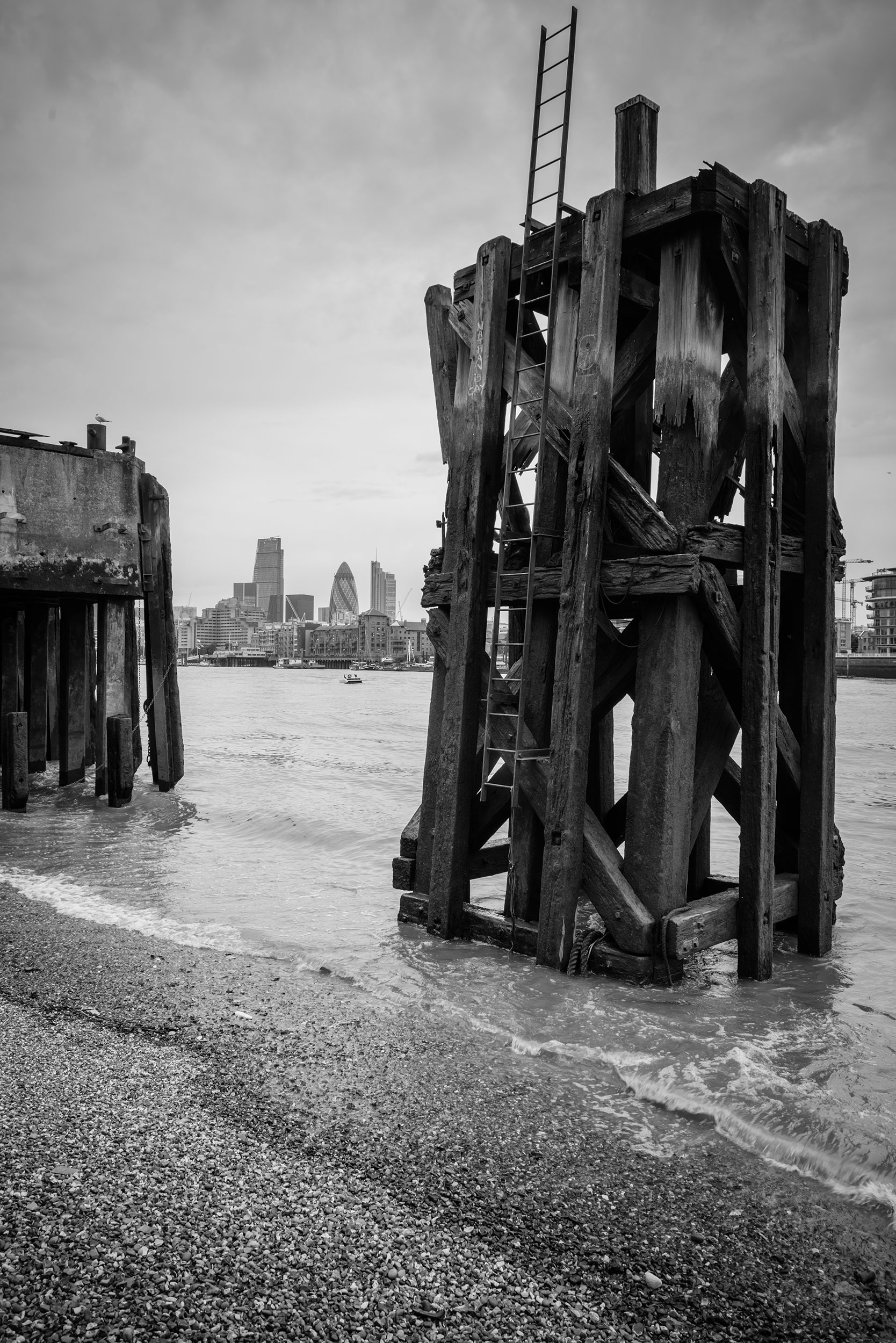 Thames_Piers_Story_Photography.jpg