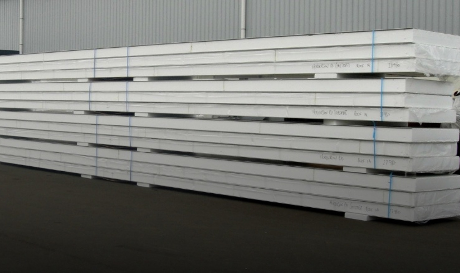 Structural Insulated Panels (SIPs). Photo Credit: LongPanel.com
