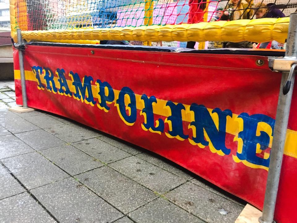 Trampoline Signwriting