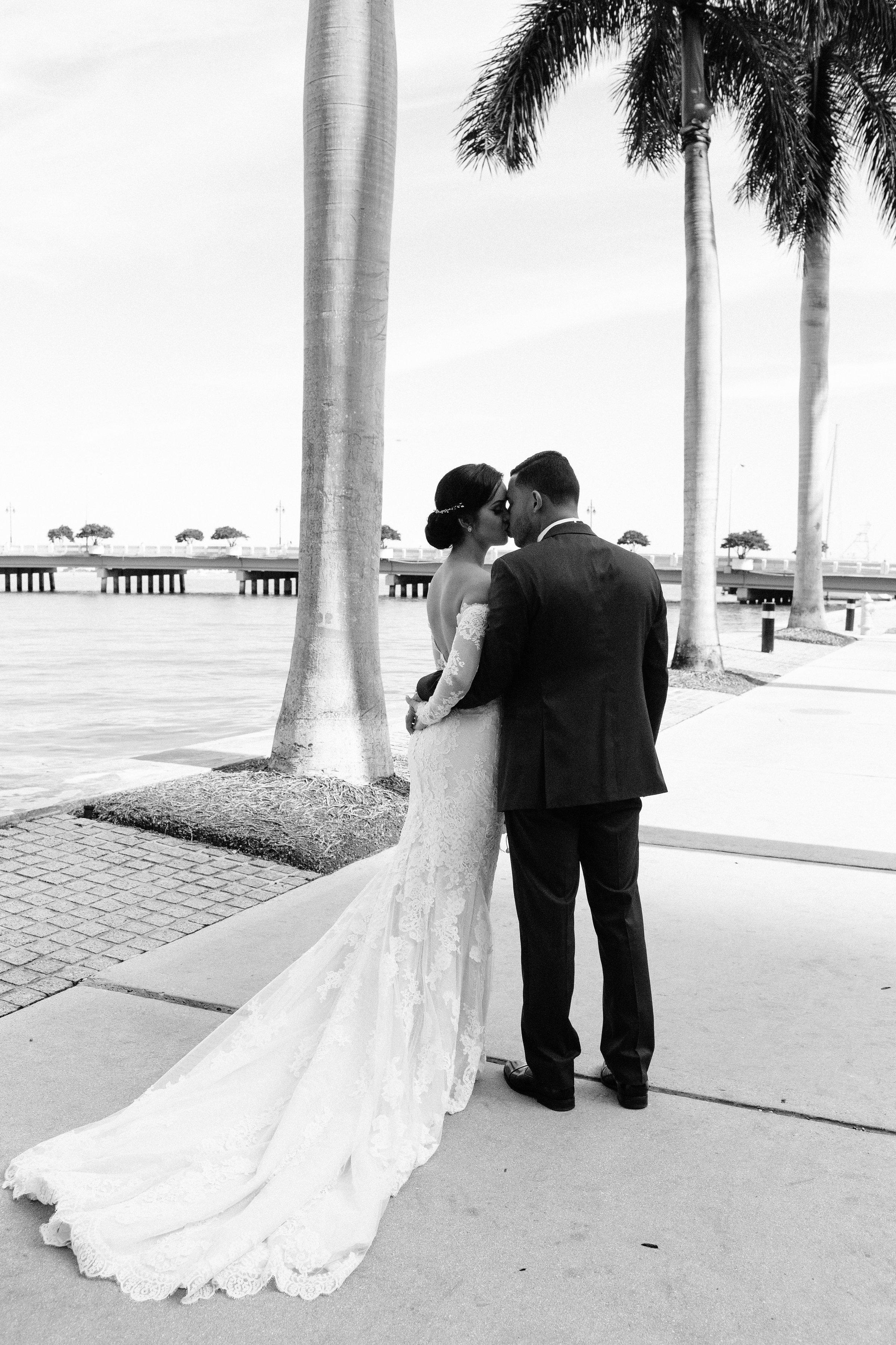 20160528_Wedding_LoaGilbert-587.jpg