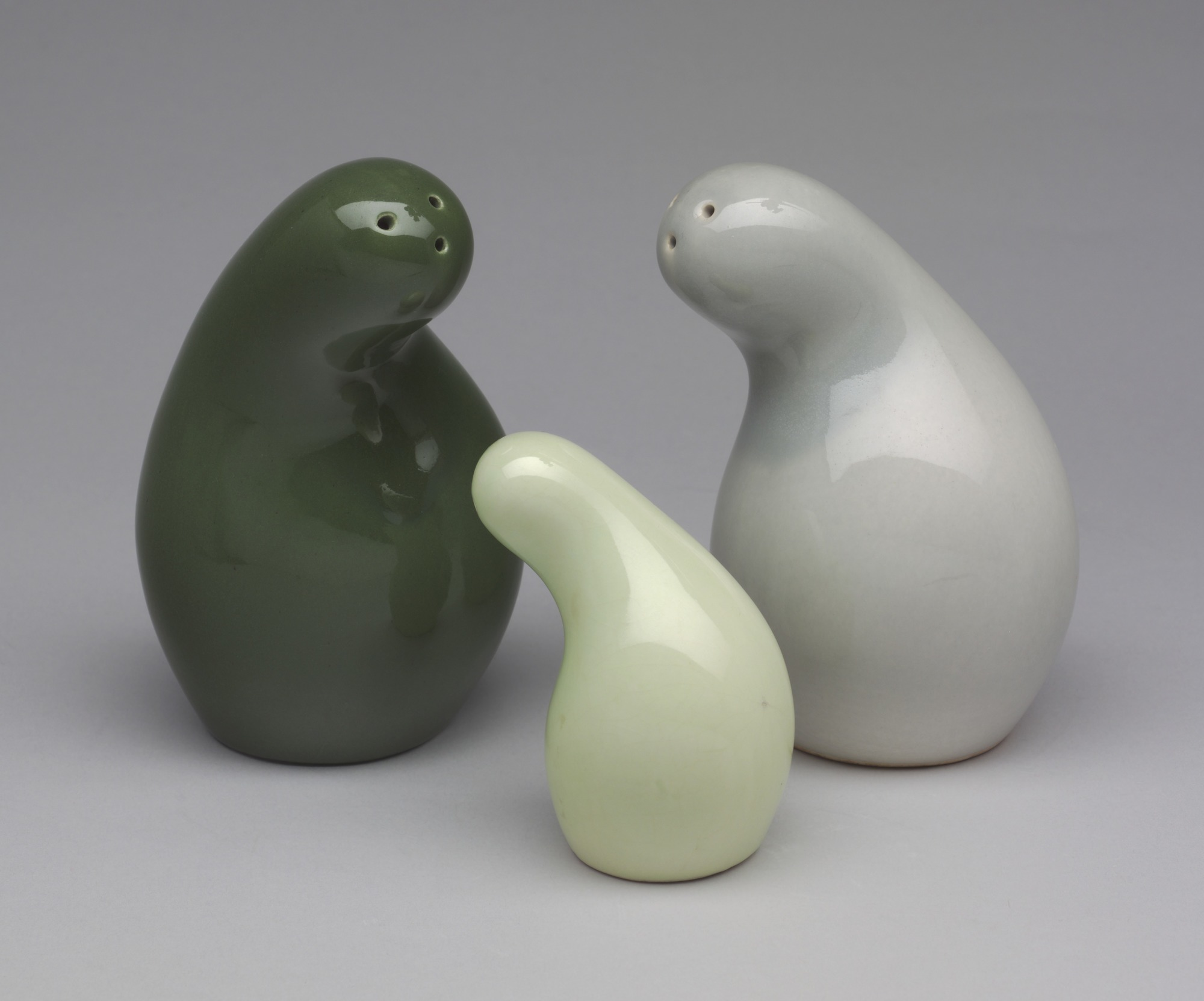 Eva Zeisel, Town and Country Salt and Pepper Shakers, c. 1945, Red Wing Pottery, MN, Glazed earthenware, Museum of Modern Art, Object number 405.1994.1-3