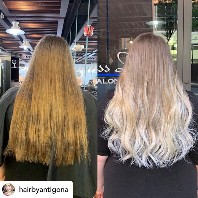 Posted @withrepost • @hairbyantigona Balayage 💁‍♀️ Loving this transformation ✨✨#balagaye #foilyage #babylights #balayagehighlights #hairtransformation #blondebalayage #blonde #wsnc #downtownwinstonsalem #winstonsalemhairstylist @glassdoorsalon