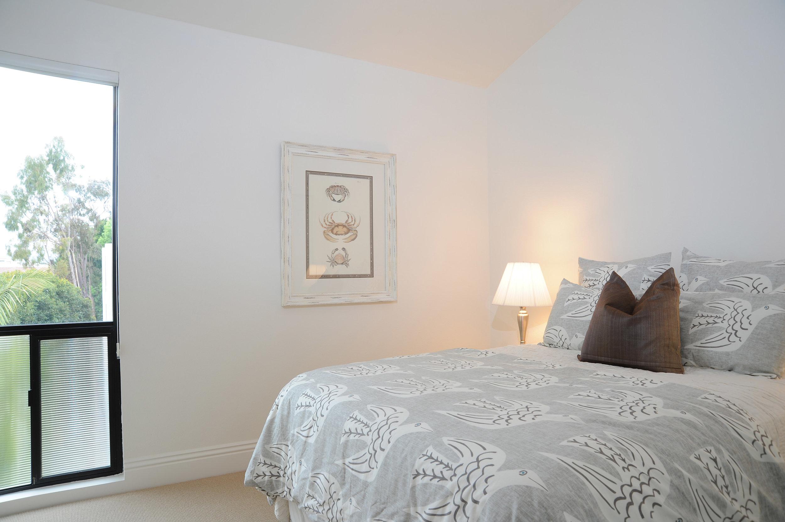 bedroom+2-2477021913-O.jpg