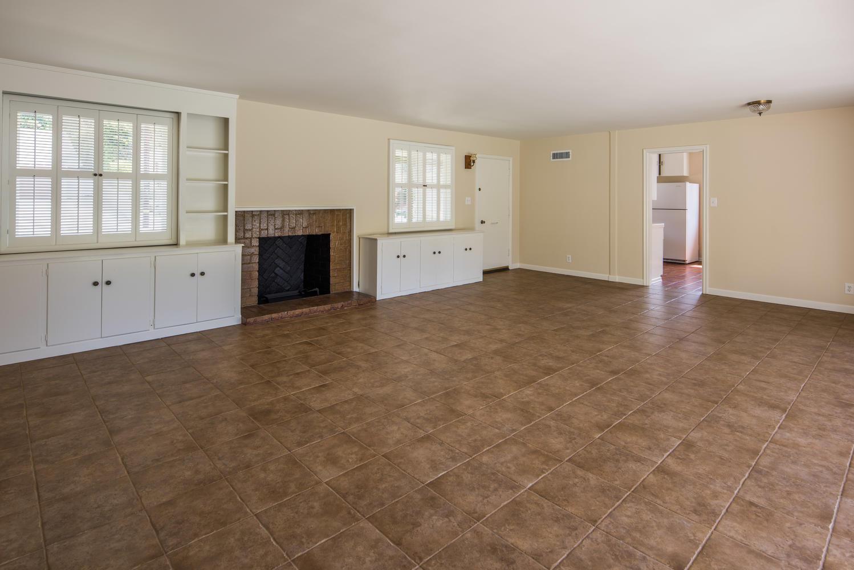 833 Bienveneda Ave Pacific-large-005-20-Living Room-1499x1000-72dpi.jpg