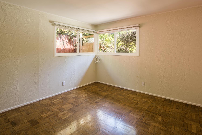 833 Bienveneda Ave Pacific-large-012-3-Bedroom-1499x1000-72dpi.jpg
