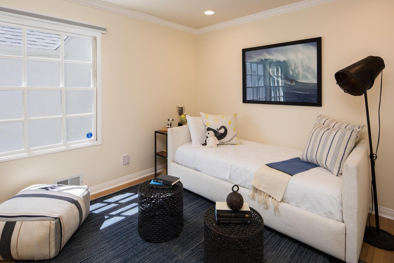 934 Fiske St Pacific Palisades-large-013-6-Bedroom-1499x1000-72dpi.jpg