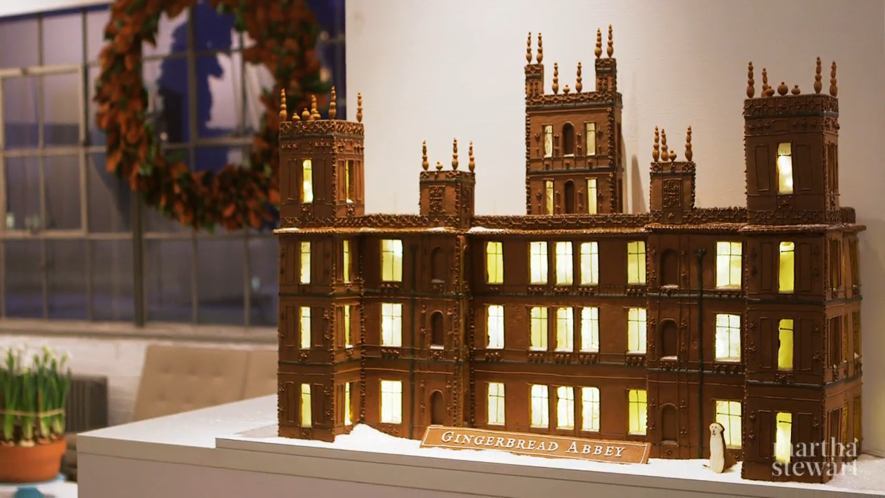 Gingerbread House (Gingerbread Abbey), Martha Stewart