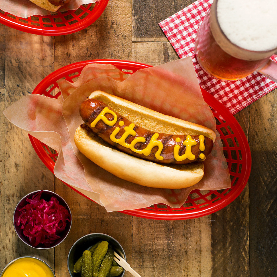 """Lay's """"Pitch It!"""" Hot Dog"""