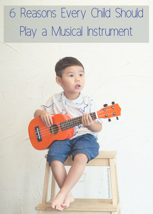 Taking music lessons has many benefits for kids, including the fact that it establishes important life skills. #parenting #kids www.fortheloveofmom.org.png