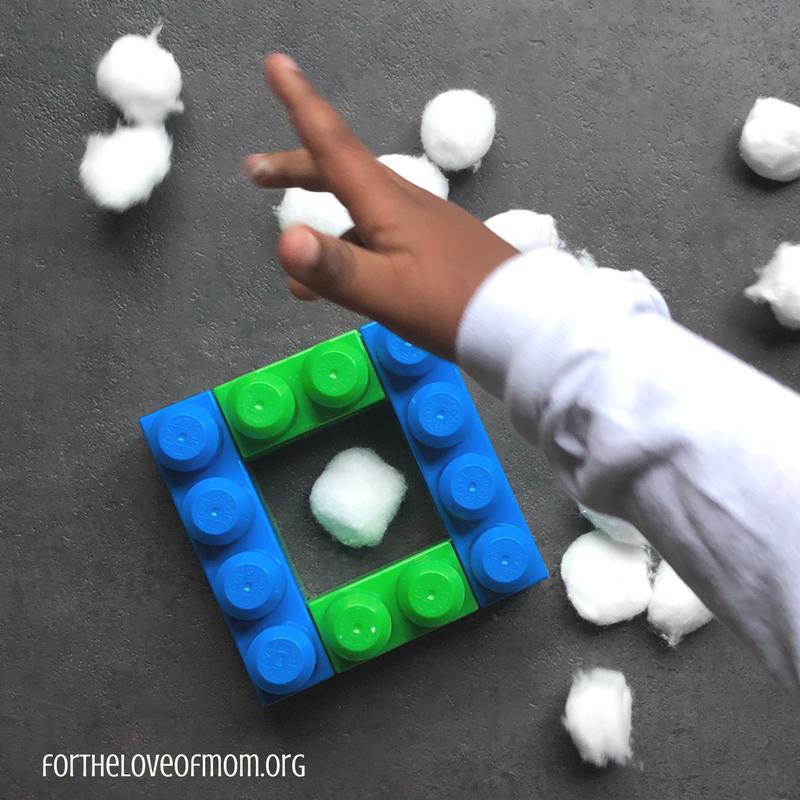 Counting Sheep Toddler Activity - Farm Animal Activities for Toddlers - www.fortheloveofmom.org
