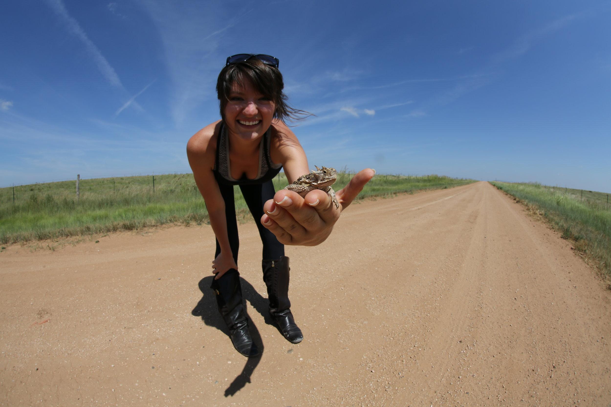 KD1A1506 Jessie with Texas Horned lizard Canyon Tx (13).JPG