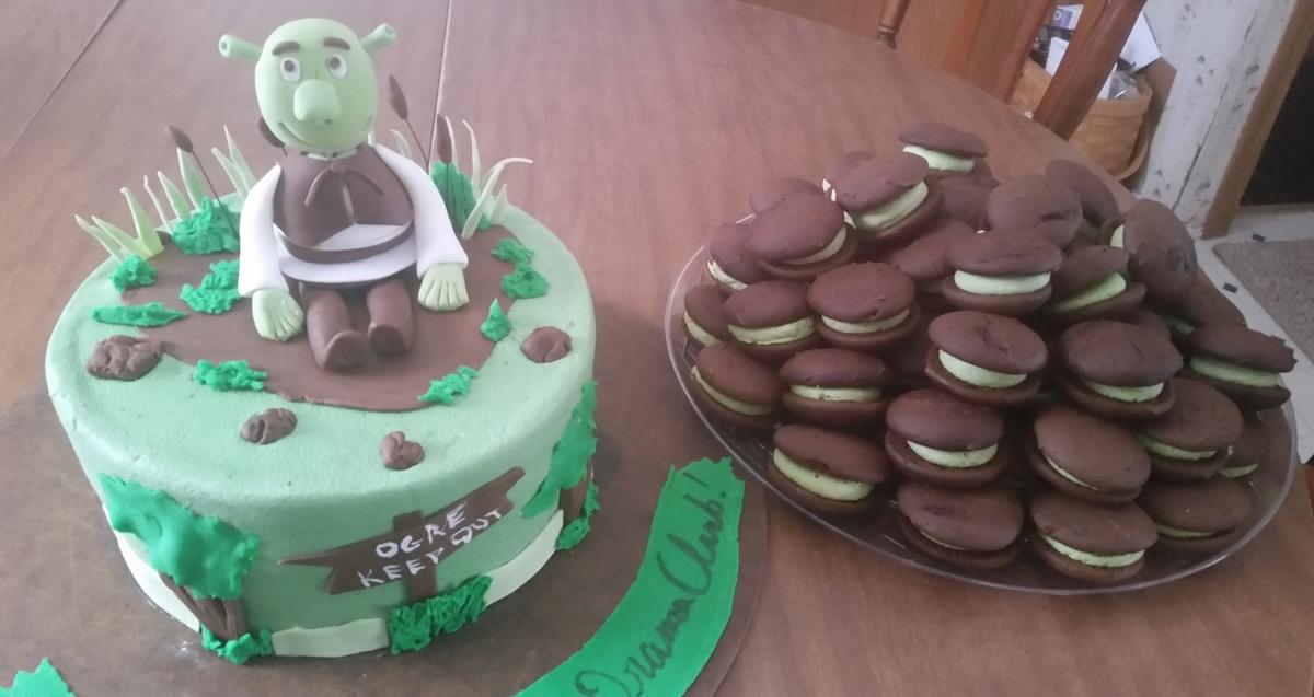 Specialty-Shrek-CakeandCupcakes.jpg