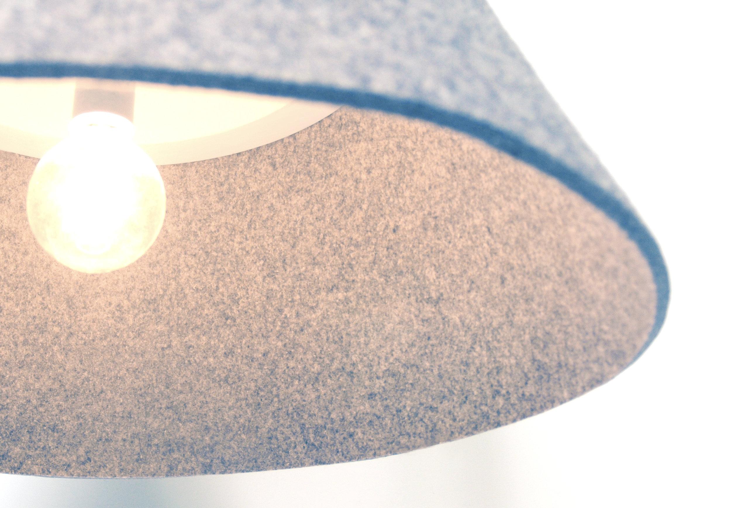 Zoë Mowat — Stratus lamp 3.jpg