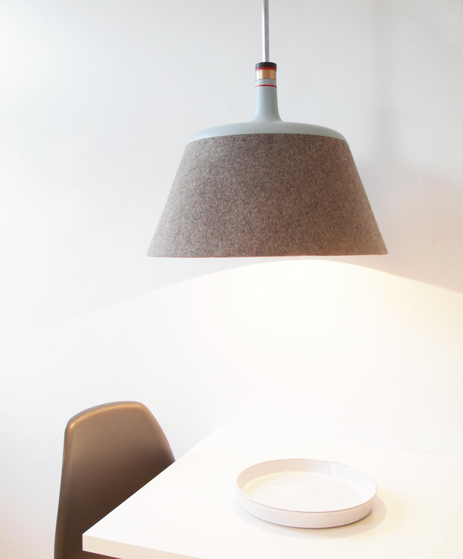 Zoë Mowat — Stratus lamp 4.jpg