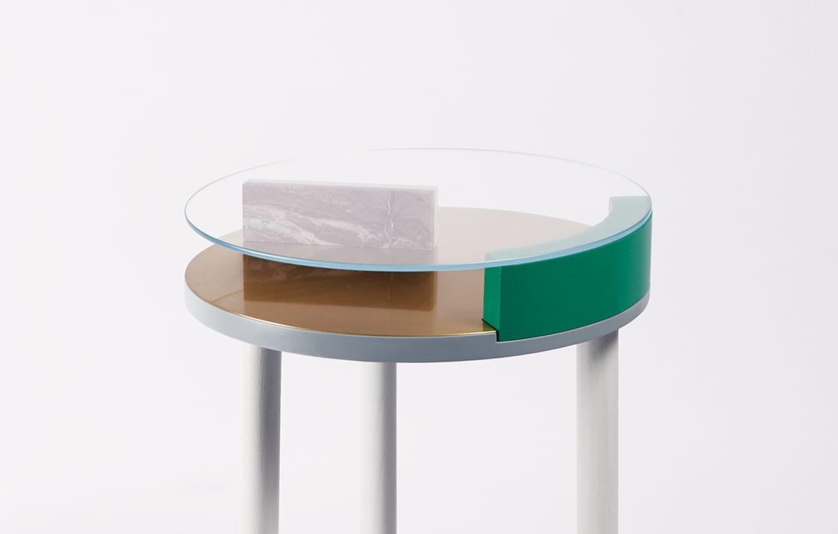 ora-table-06-zoemowat.jpg