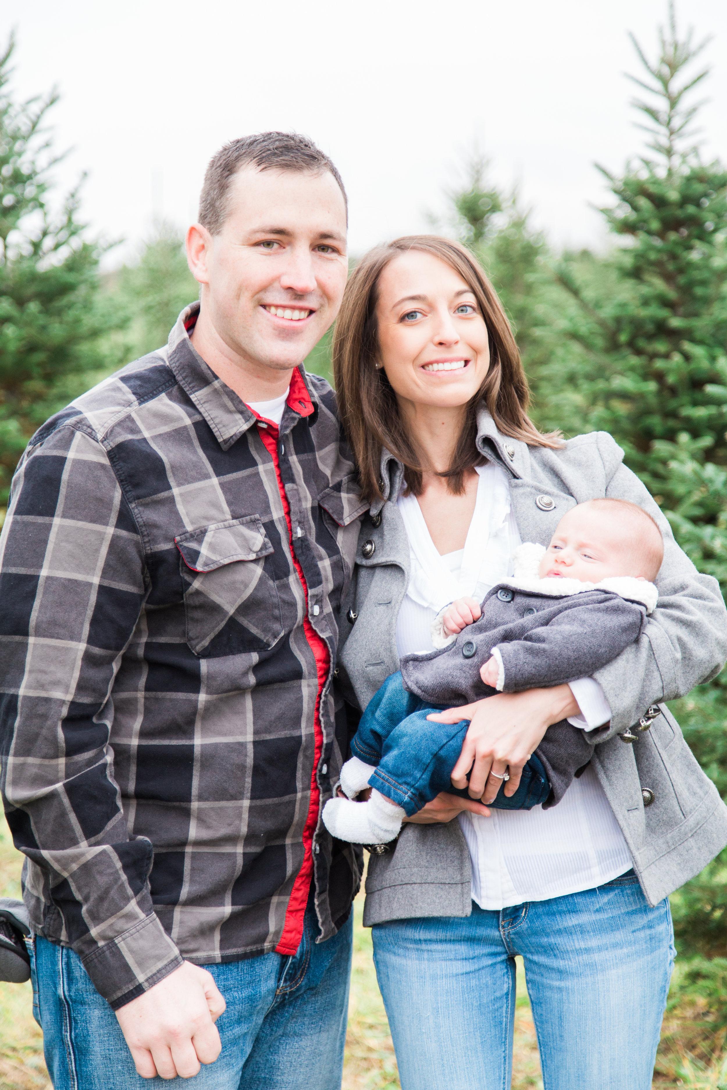 family-christmas-tree-farm-1.jpg