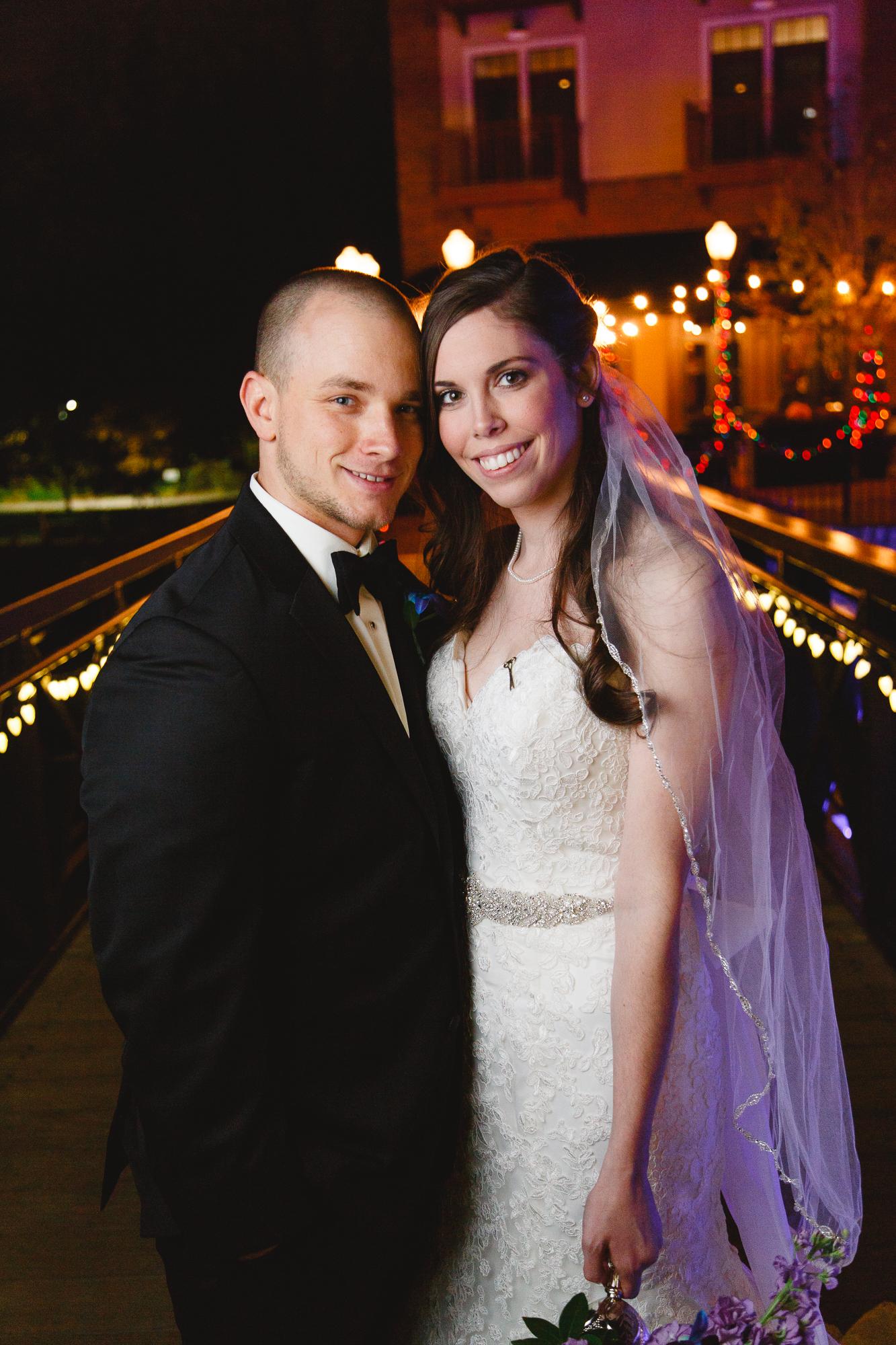 a-ohio-lighting-ocf-columbus-wedding-couple-bridal-creekside-conference-indoor-roxanna-sue-photos-ohio-photography-1.jpg