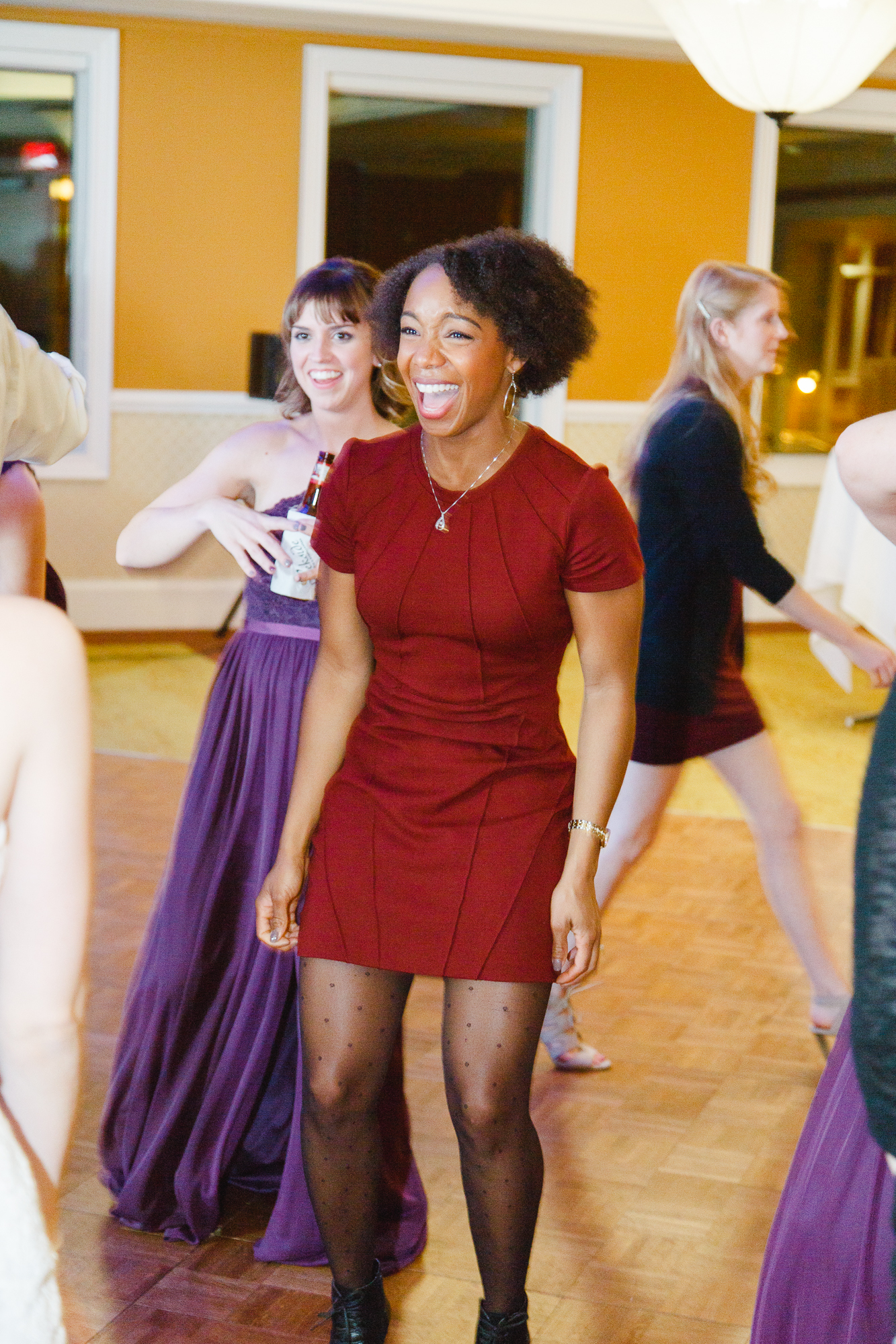 brady-first-dance-dancing-dance-off-kids-ohio-lighting-ocf-columbus-wedding-couple-bridal-creekside-conference-indoor-roxanna-sue-photos-ohio-photography-1.jpg