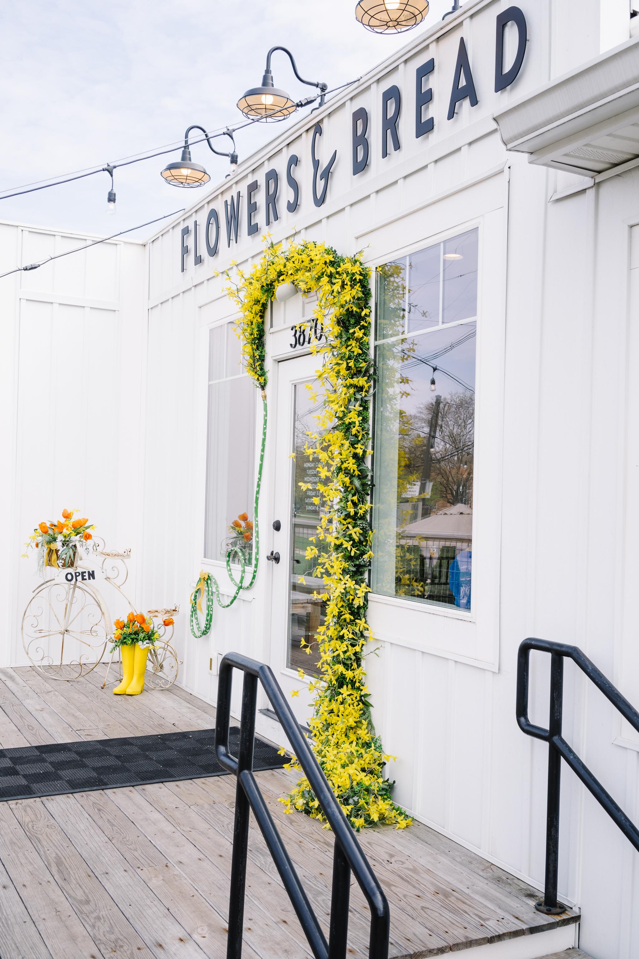 Columbus Cafe, Flowers & Bread, Columbus Ohio