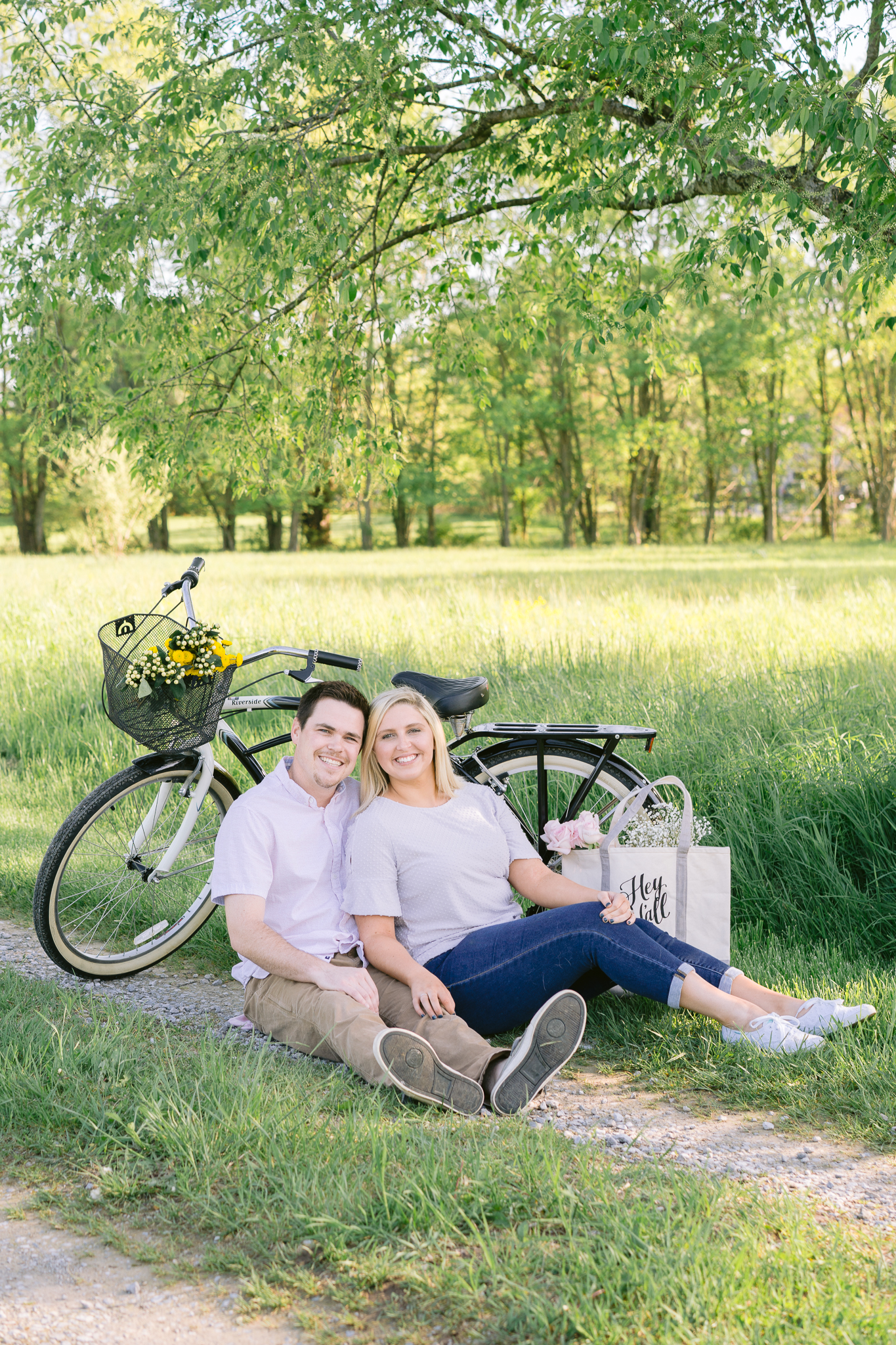 Cute bicycle countryside vibes with couple
