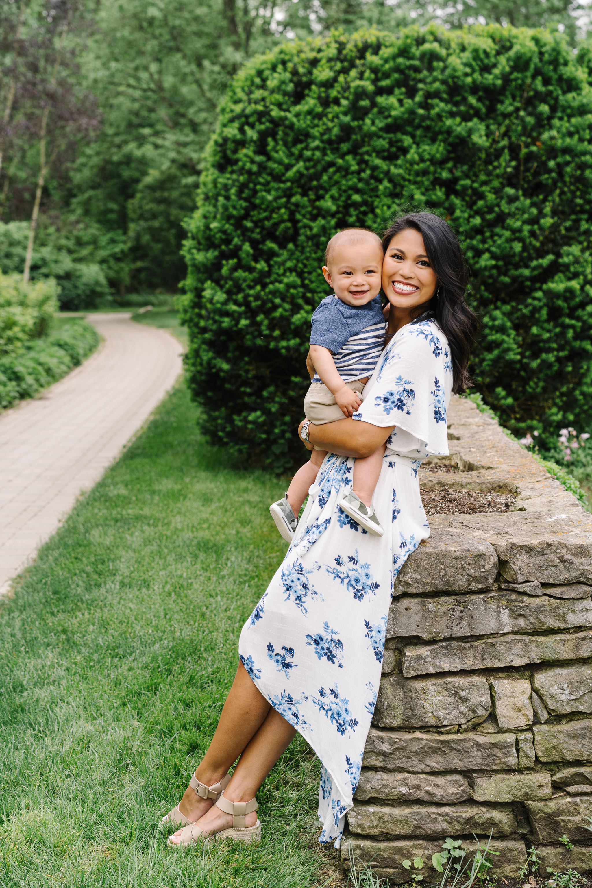 Cutest Mom and Son Pose Photo