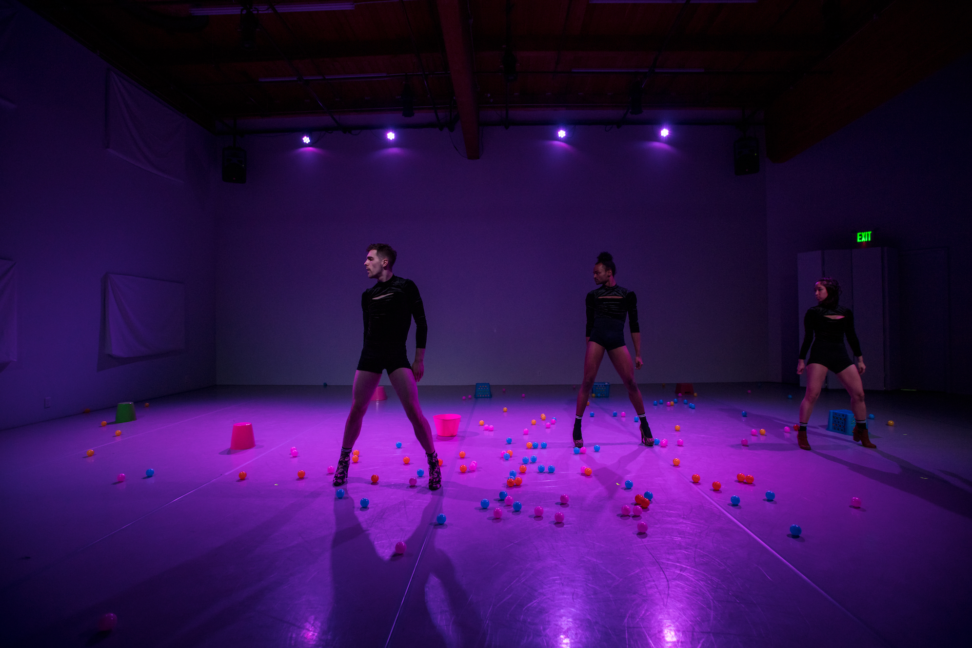 spun sugar - Stage + InstallationAvailable for commissionPremiere at Relay Dance Collective's PASSAGE, March 2017