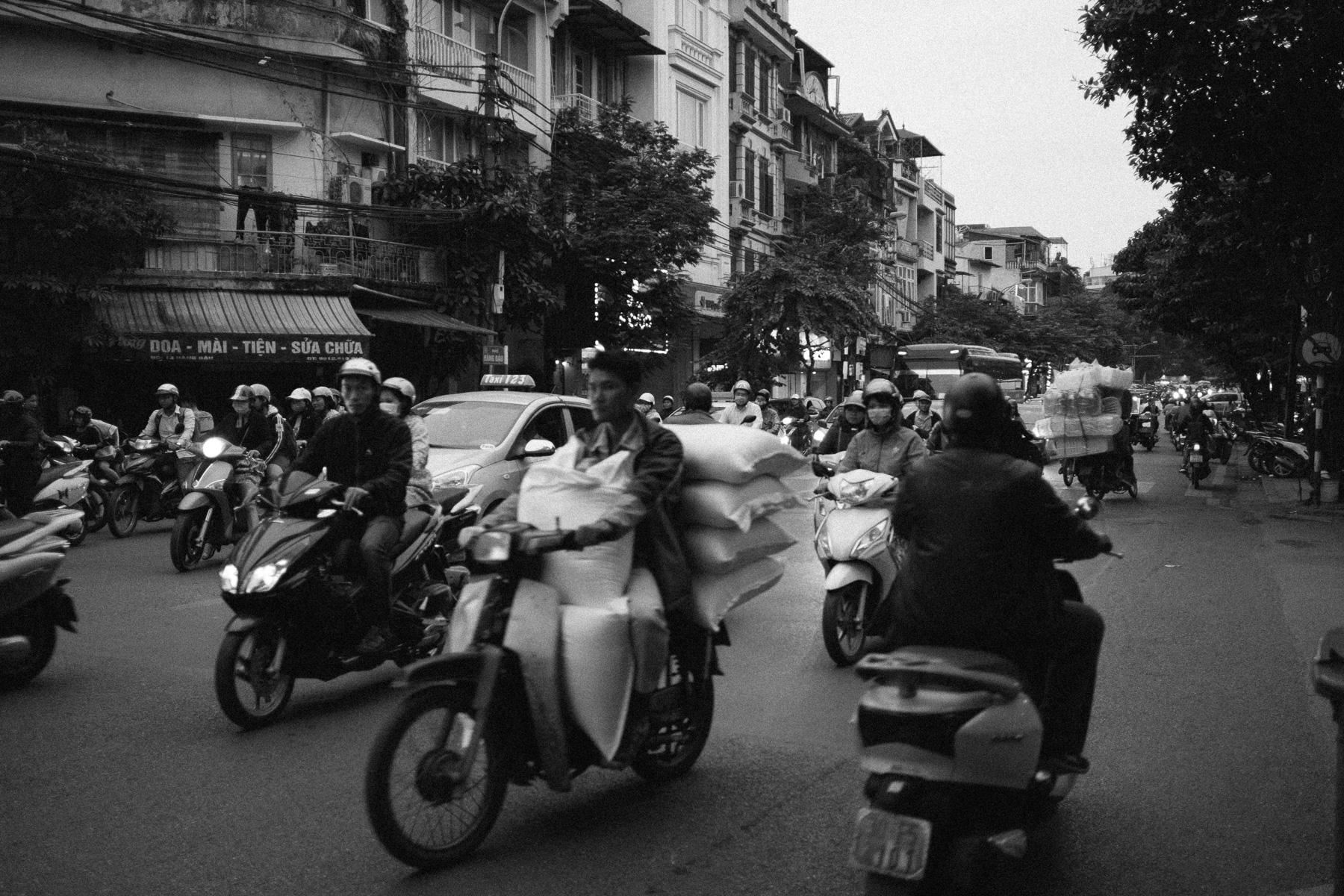 Hikaru Funnell - Capture Collect Photography - Fuji X Pro1 - Fujinon 23mm f-2.0 - Vietnam - October 2018 31.jpg