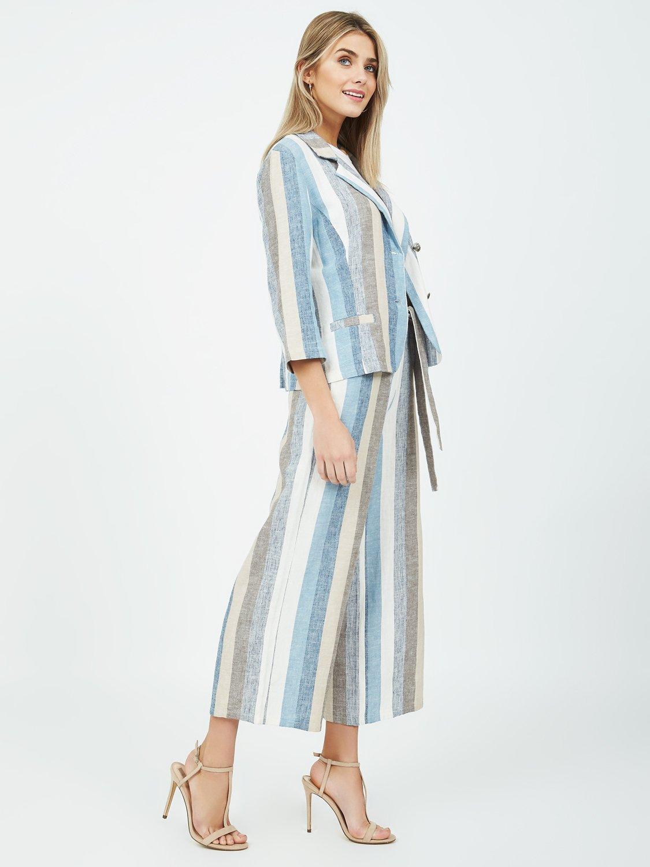 Single-Breasted Linen Blazer
