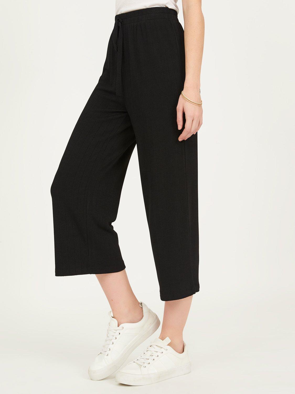 Ribbed Knit Elastic Waist Gaucho Pants