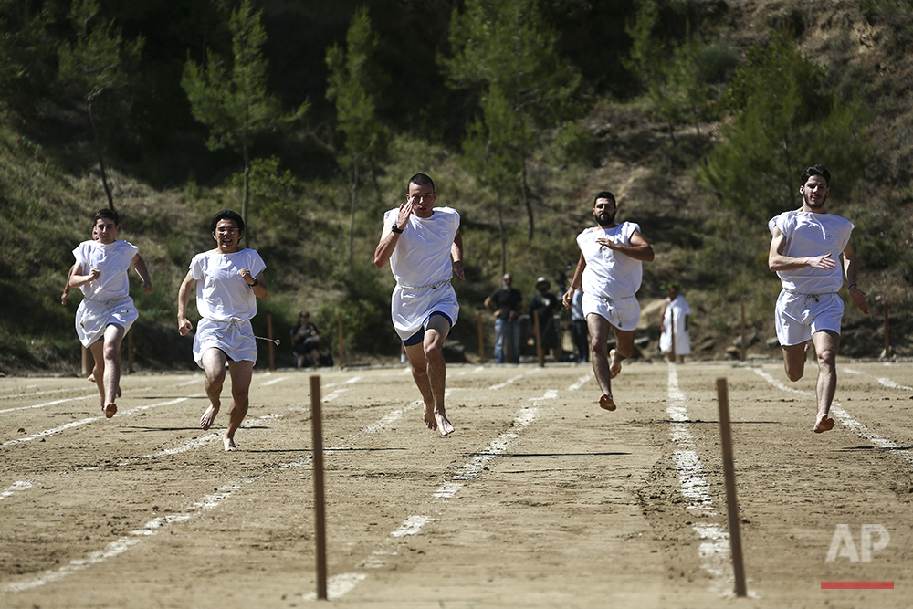 Greece Running in Ruins
