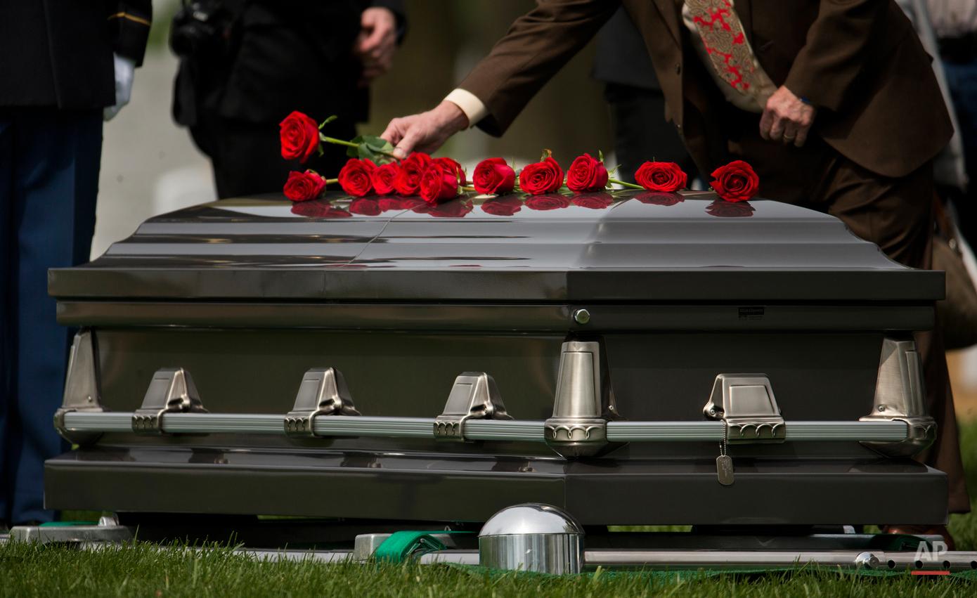 APTOPIX Arlington Burial Korean War