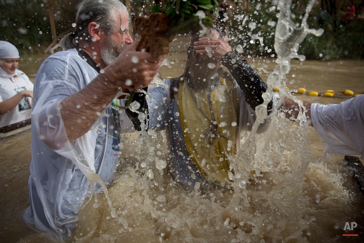 APTOPIX Mideast Israel Palestinians Baptism Epiphany