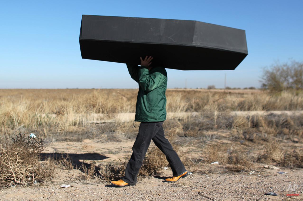 Juanes John Legend Migrants