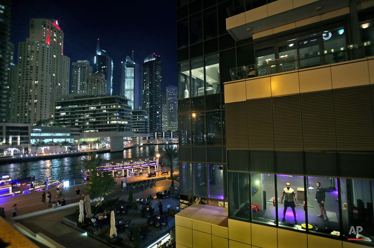 APTOPIX Mideast Dubai Manhattan of Arabia Photo Essay