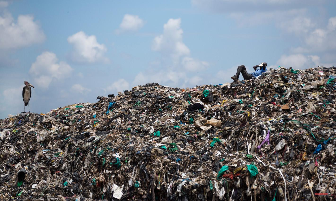 APTOPIX Kenya Pope Pollution