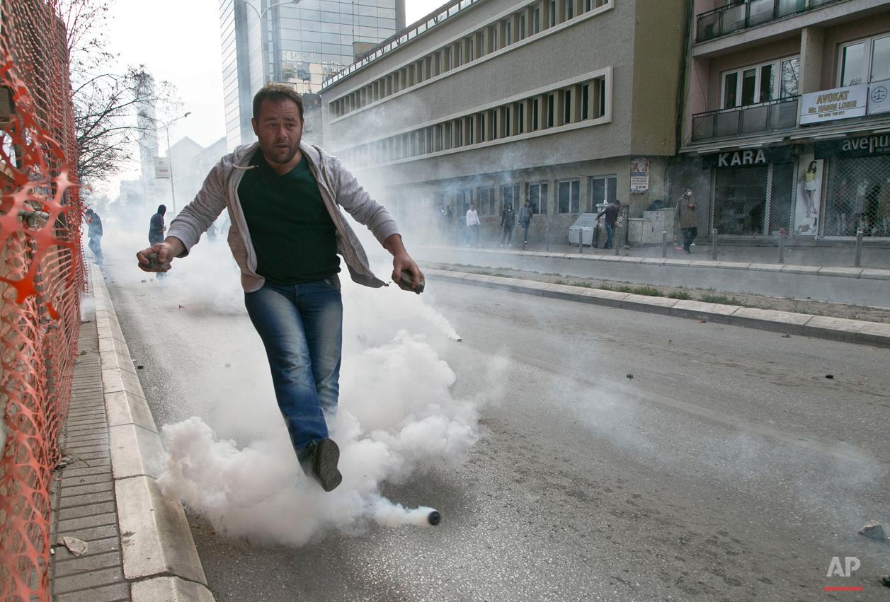 APTOPIX Kosovo Opposition Protest