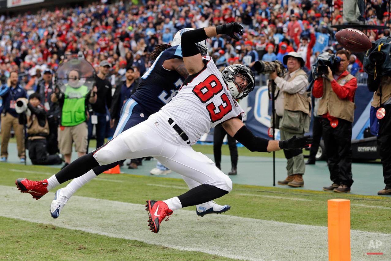 APTOPIX Falcons Titans Football