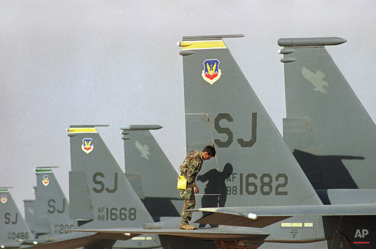 Saudi Arabia  Army   U.S F-15 Jet Fighters    Kuwait Crisis