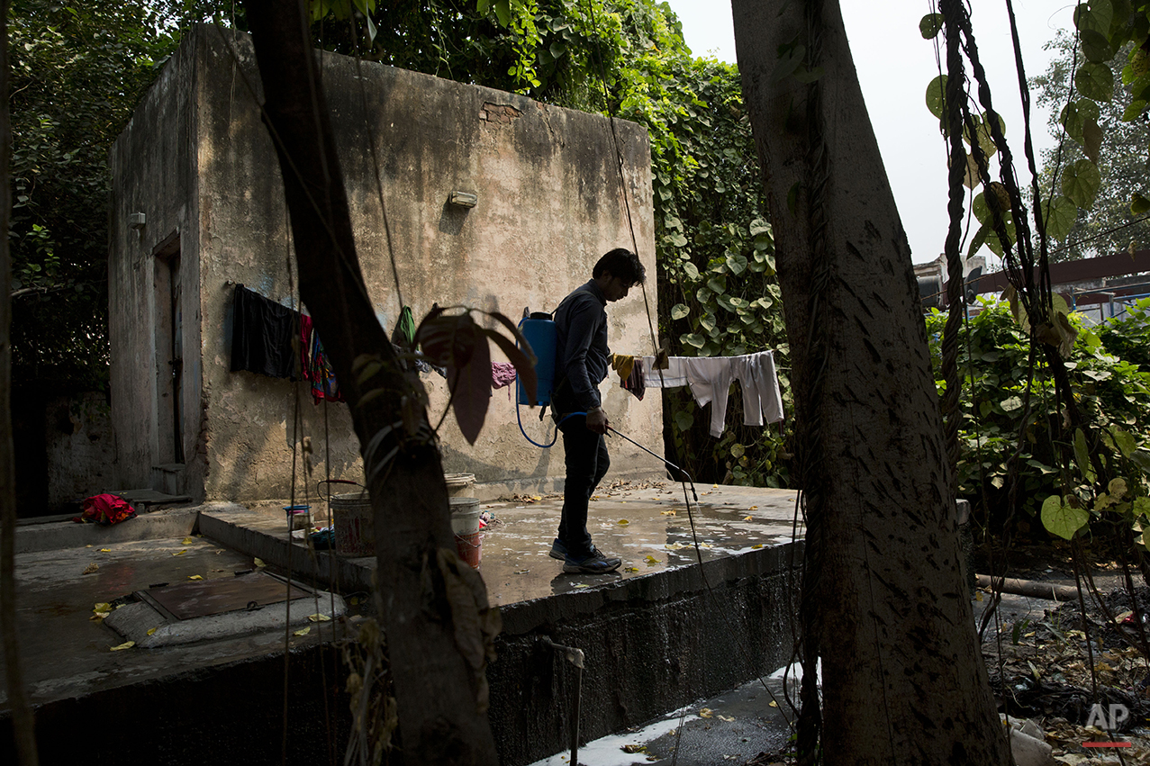 APTOPIX India Dengue