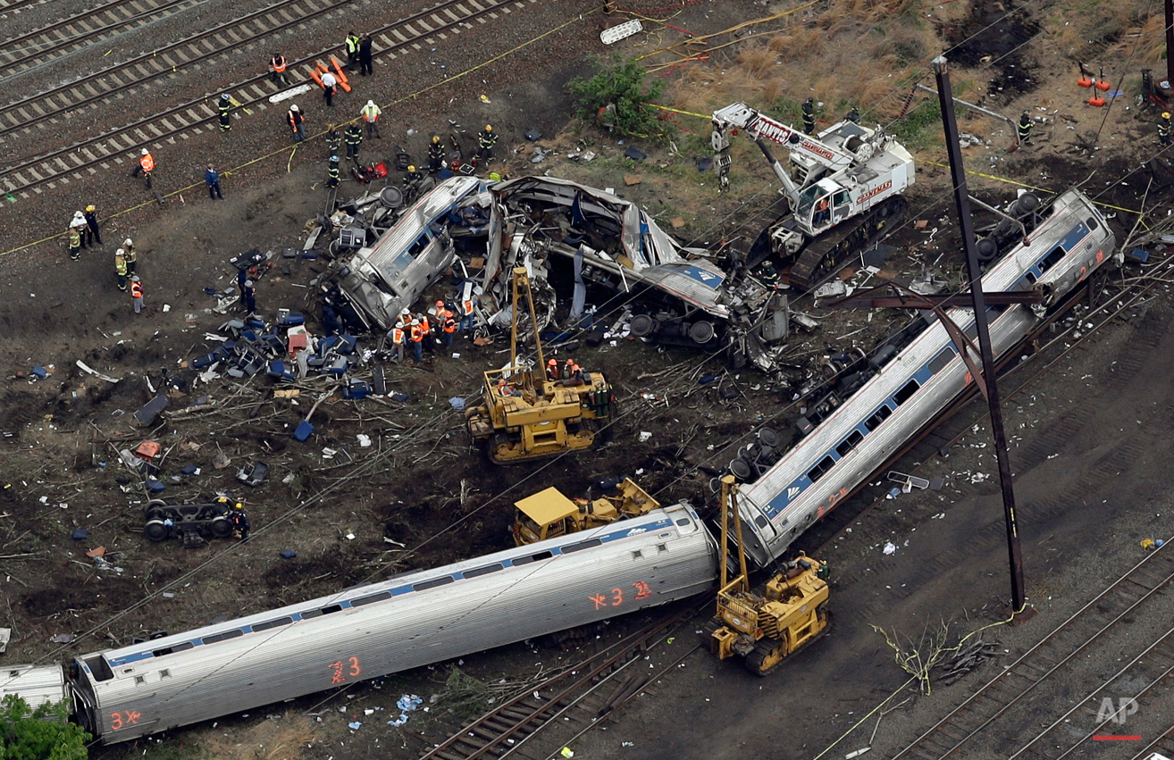 APTOPIX Amtrak Crash