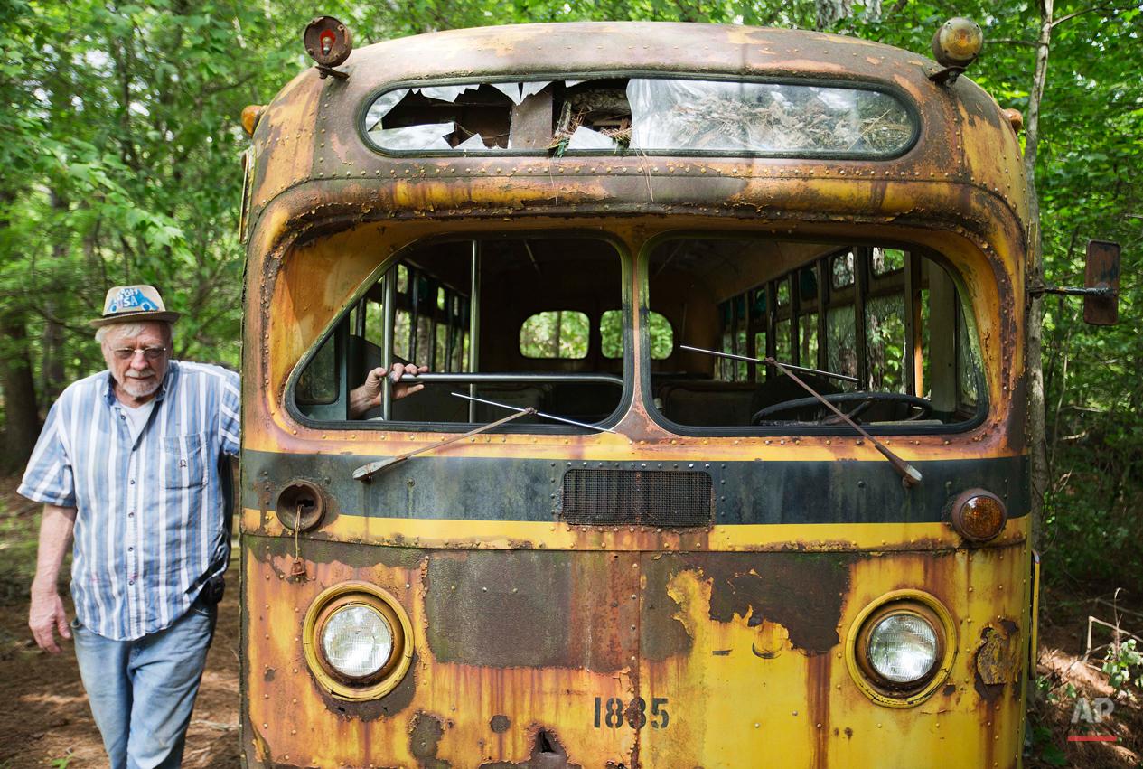 Classic Car Junkyard Photo Gallery