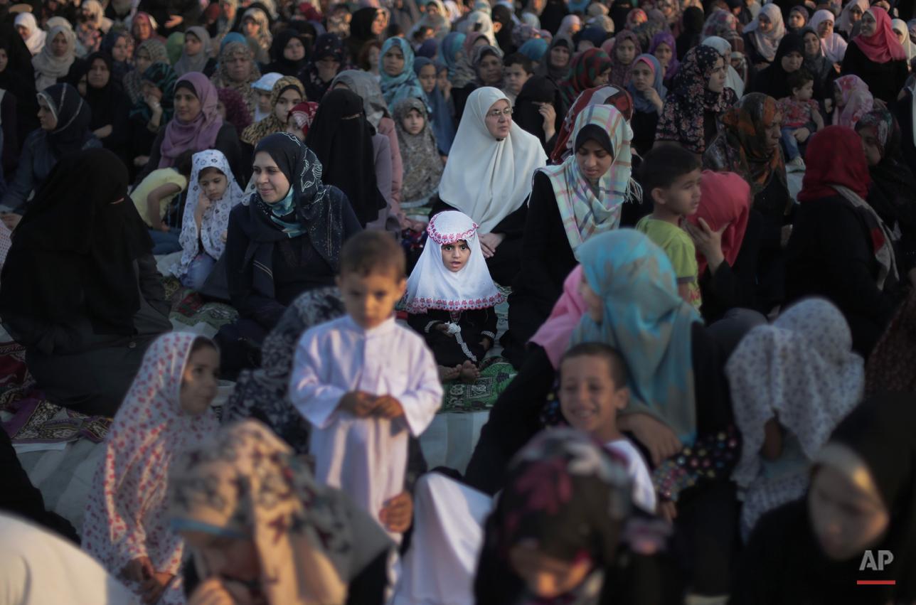 Mideast Palestinians Eid Al Fitr